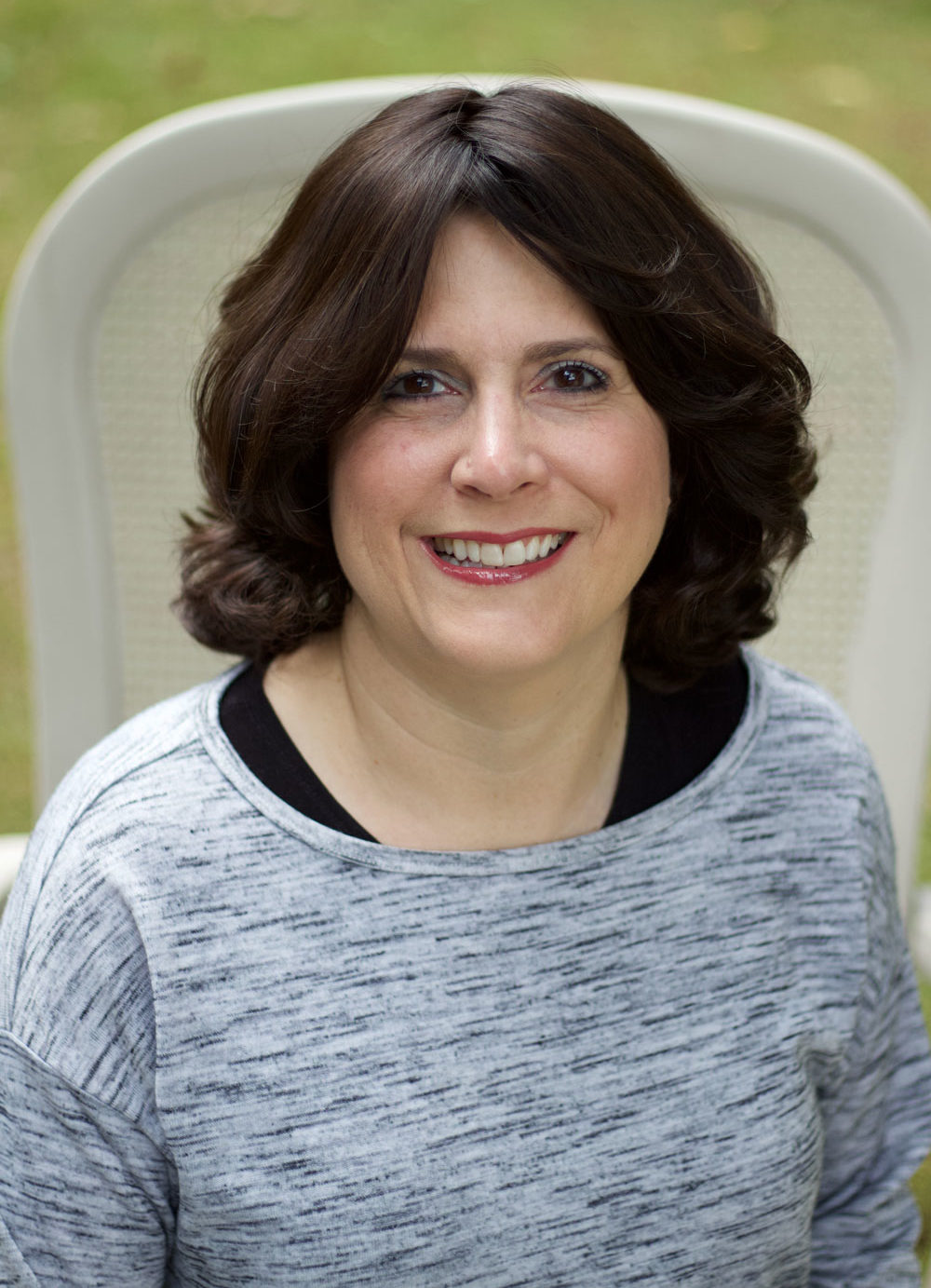 Julie Farkas